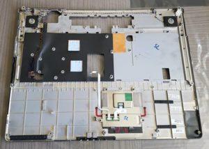 Carter clavier+Haut parleurs+Touch Pad FUJITSU XA 2528-P5204